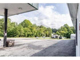 DREXLERS FOOD MART C STORE AND GAS STATION ON NOLIN LAKE featured photo 6