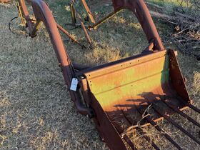 2021 Fall Harvest Farm Primitives and Implements Auction featured photo 2