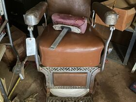 2021 Fall Harvest Farm Primitives and Implements Auction featured photo 3