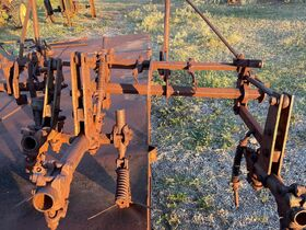 2021 Fall Harvest Farm Primitives and Implements Auction featured photo 12