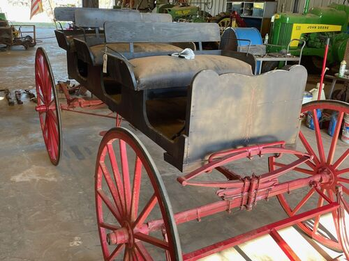 2021 Fall Harvest Farm Primitives and Implements Auction featured photo