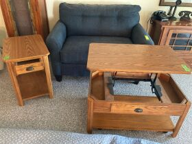 Quilts & Quality Furniture - Coralville 21-1010.OL featured photo 5