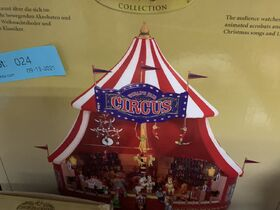 Christmas in September Dept 56, Fontanini, Byers Choice Carolers featured photo 9