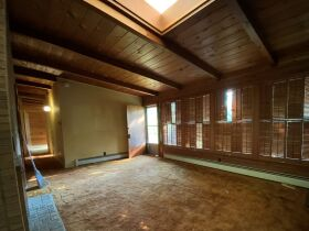 Fixer-Upper Home in East Campus Neighborhood - Sells to High Bidder - Columbia, MO featured photo 11