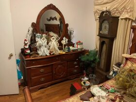 ESTATE ASSETS - All home furnishings selling in one LOT featured photo 4