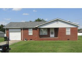 8 RENTAL HOMES  - MONTHLY INCOME of $5,150 - Online Bidding Only Ends Thurs., Nov. 18th @ 3:00 PM CST featured photo 6