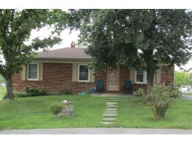 8 RENTAL HOMES  - MONTHLY INCOME of $5,150 - Online Bidding Only Ends Thurs., Nov. 18th @ 3:00 PM CST featured photo 8