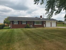 LIVE ON-SITE REAL ESTATE & PERSONAL PROPERTY AUCTION 10-28-21 featured photo 1