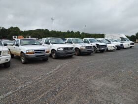 Construction/Farm Equip., Tractors, Trucks, Trailers:  Consignments Welcome featured photo 6