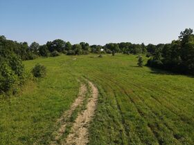 Build or Hunt in Perry County featured photo 7