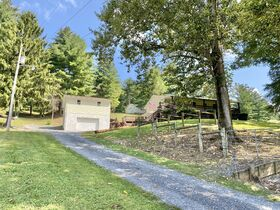 Absolute 3 Bedroom Home on 5 Acres featured photo 3
