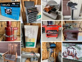 Storage Unit Auction in Salmon 21-1004.ol featured photo 1