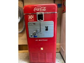 Collectibles, Petroliana, Vintage Signs, Antiques, Toys & More at Absolute Online Auction featured photo 3