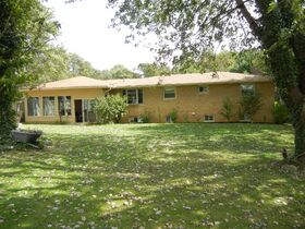 Brick Ranch Home Absolute Auction featured photo 8