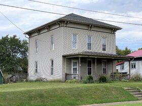 Perrysville 3 Bd. 2 Ba Home Absolute auction featured photo 1