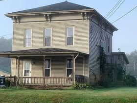 Perrysville 3 Bd. 2 Ba Home Absolute auction featured photo 3