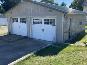 Perrysville 3 Bd. 2 Ba Home Absolute auction featured photo 9