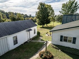 Georgetown House & 26+ Acre Land Online Only Auction featured photo 7