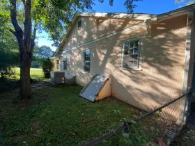 1920's Downtown Cottage - 2 Bedroom 2 Bath - Sunroom - Office - AUCTION Nov. 2nd featured photo 10