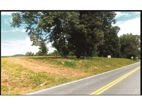 Road Frontage on Hwy 61