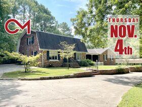 Remodeler's Dream - Development Possibilities - 4 BR, 4.5 BA Home on 3+/- Acres - AUCTION Nov. 4th featured photo 1