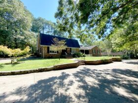 Remodeler's Dream - Development Possibilities - 4 BR, 4.5 BA Home on 3+/- Acres - AUCTION Nov. 4th featured photo 3