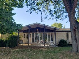 Springfield, IL Real Estate - Westchester Subdivision - 3BR/2BA With Basement featured photo 2