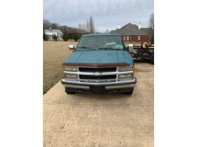 1994 Chevrolet Silverado 1500 Extended Cab Truck featured photo 4