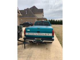 1994 Chevrolet Silverado 1500 Extended Cab Truck featured photo 9
