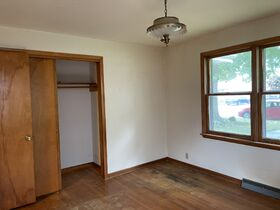 Pending--Real Estate Listing- 47 S. Coventry Drive Anderson, IN featured photo 5