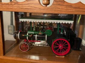 Antiques, Graniteware, Toy Steam Tractors featured photo 1