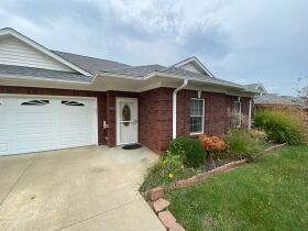 PATIO HOME - GARAGE - TWO BATHS - Online Bidding Only Ends Wed., Oct. 27th @ 4:00 PM EDT featured photo 2