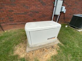 PATIO HOME - GARAGE - TWO BATHS - Online Bidding Only Ends Wed., Oct. 27th @ 4:00 PM EDT featured photo 7