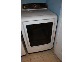 APPLIANCES - FURNITURE - HOUSEHOLD ITEMS - Online Bidding Only Ends Wed., Oct. 27th @ 5:00 PM EDT featured photo 4
