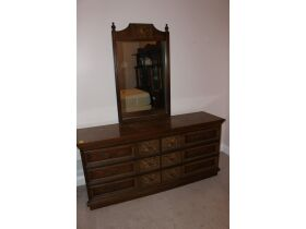 APPLIANCES - FURNITURE - HOUSEHOLD ITEMS - Online Bidding Only Ends Wed., Oct. 27th @ 5:00 PM EDT featured photo 6