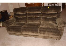 APPLIANCES - FURNITURE - HOUSEHOLD ITEMS - Online Bidding Only Ends Wed., Oct. 27th @ 5:00 PM EDT featured photo 10
