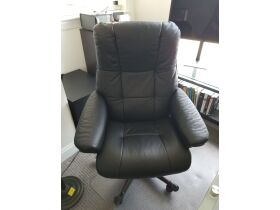 Almost New Furniture, High End Men's Clothing, Mac Computer Products and More Online Auction featured photo 12