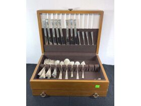 Sterling Silver Flatware Closing Friday, Oct. 15th at 9am featured photo 4