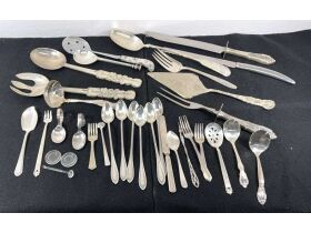 Sterling Silver Flatware Closing Friday, Oct. 15th at 9am featured photo 9
