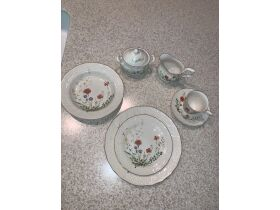 Wonderful Dishes, Furniture, Cookware and More Online Auction featured photo 8