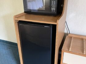 Springfield, IL Hotel Liquidation - 10 Days ONLY featured photo 7