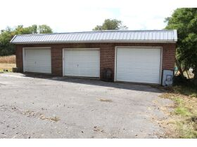 HOME • GARAGE • 2.39 ACRES - Online Bidding Only Ends Wed., Nov. 3rd @ 3:00 PM CDT featured photo 2