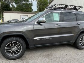 Bankruptcy ( no reserve) 2017 Jeep Grand Cherokee Limited Auction Ending on Friday, Oct. 29th at 9am featured photo 1